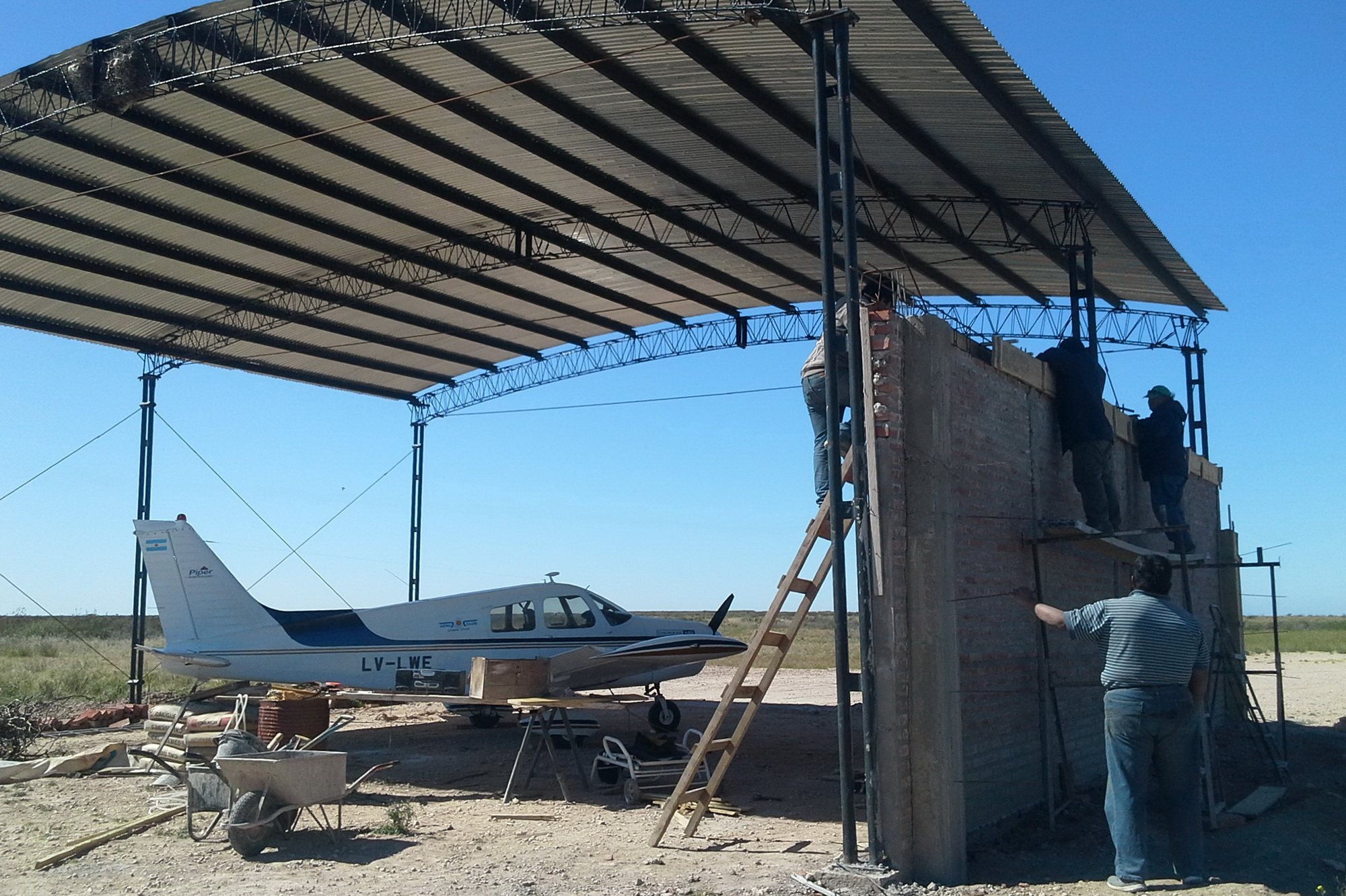 hangar-aeroclub